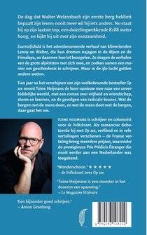 Zuurstofschuld | bergsportroman Toine Heijmans 9789083108209 Toine Heijmans Pluim   Klimmen-bergsport Reisinformatie algemeen