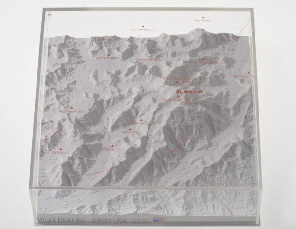 Mount McKinley - reliëfmaquette op schaal 1:200.000 MCKINLEY  Reliorama   Wandkaarten Alaska