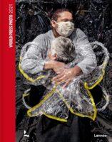 World Press Photo 2021 (Engels) 9789401474108  Lannoo   Fotoboeken Wereld als geheel