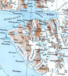 Svalbard 1:500.000 Söre Del 1 6611  Statens Kartverk Svalbard 1:500.000  Landkaarten en wegenkaarten Spitsbergen, Jan Mayen, Noordpool