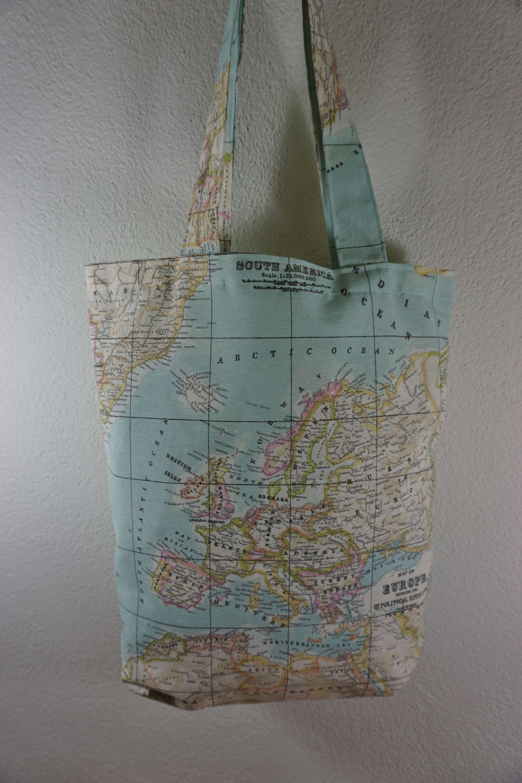 Linnen Shopper Wereldkaart draagtas 'aqua' 7432025357303  62 Damrak   Overige artikelen Reisinformatie algemeen