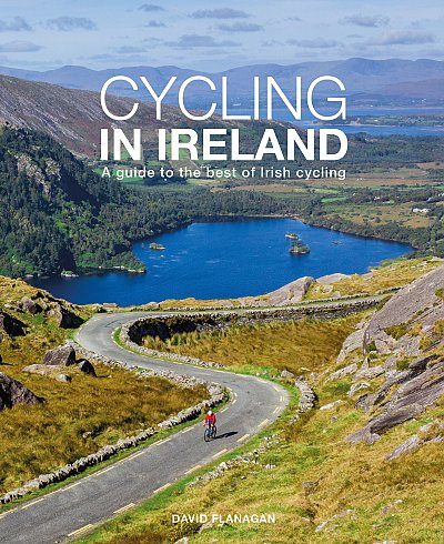 Cycling In Ireland 9780956787453  Three Rock Books   Fietsgidsen, Meerdaagse fietsvakanties Ierland