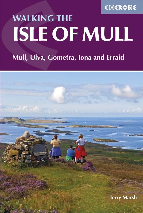 The Isle Of Mull   wandelgids 9781852849610  Cicerone Press   Wandelgidsen Skye & the Western Isles