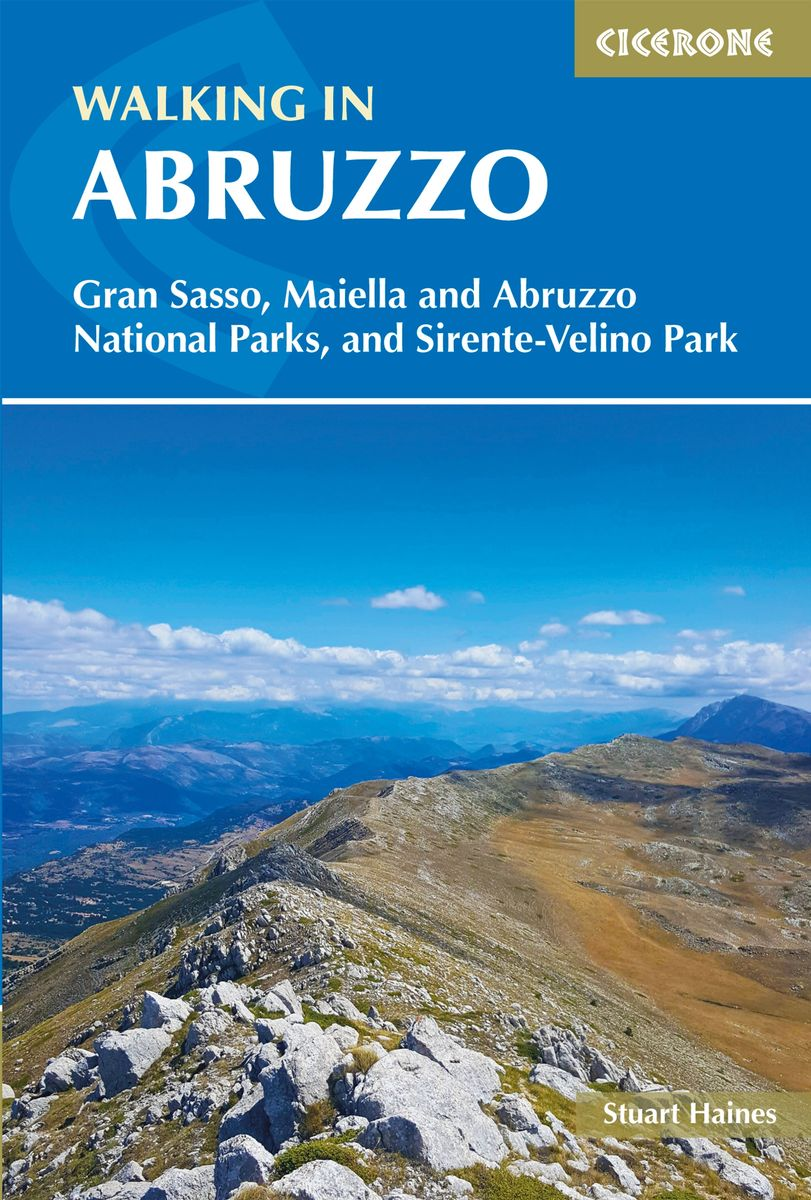 Walking in Abruzzo 9781852849788  Cicerone Press   Wandelgidsen Abruzzen en Molise