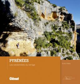Les Pyrénées du Vertige 9782344001295  Glénat   Wandelgidsen Pyreneeën en Baskenland