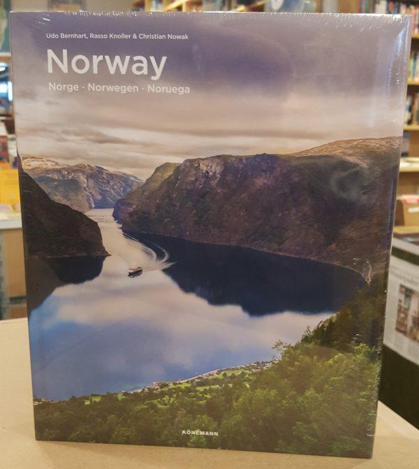 Norway | fotoboek 9783741920257  Könemann   Fotoboeken Noorwegen