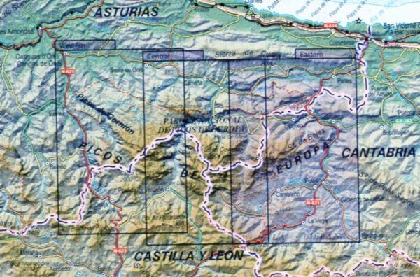 Picos de Europa | set van 3 wandelkaarten 1:25.000 en 1 wandelgids 9788441637511  CNIG Wandelkaarten Spanje  Wandelgidsen, Wandelkaarten Picos de Europa