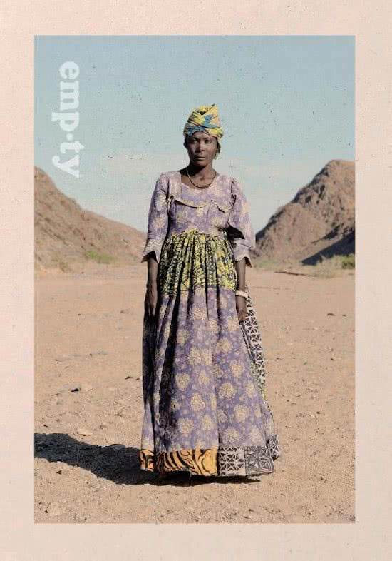 Empty | Thijs Heslenfeld 9789081247030  Oost West Thijs Best   Fotoboeken Botswana, Namibië