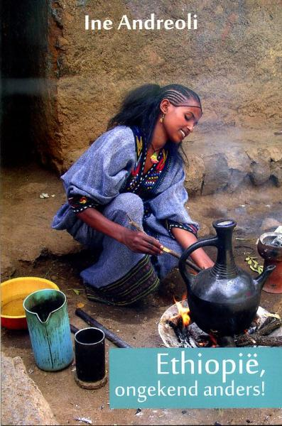 Ethiopië, ongekend anders 9789086662951 Ine Andreoli Mosae Mondo   Reisverhalen Ethiopië, Somalië, Eritrea