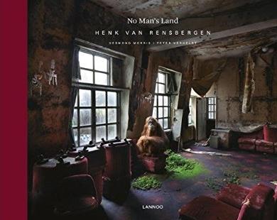 No Man's Land | Henk van Rensbergen 9789401443869 Henk van Rensbergen, Peter Verhelst Lannoo   Fotoboeken Wereld als geheel