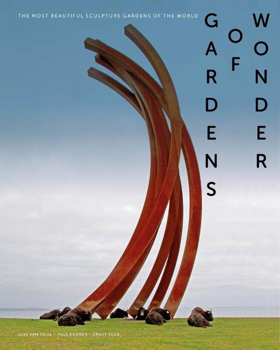 Gardens of Wonder | Gijs van Tuijl 9789462622227 Gijs van Tuijl Waanders   Fotoboeken, Reisgidsen Wereld als geheel